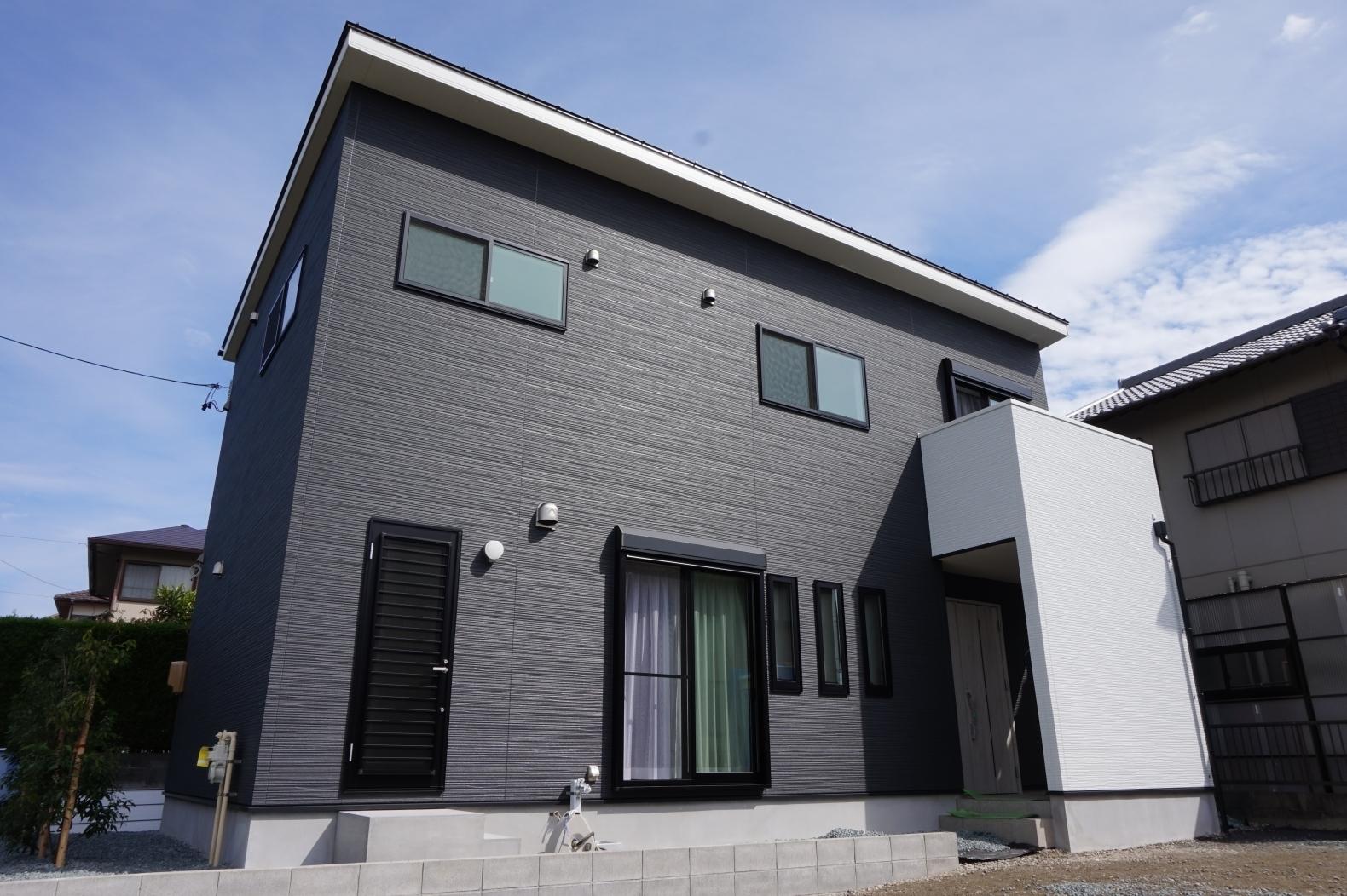 オーダー住宅『シンプルモノトーンハウス』